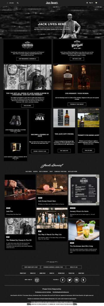 Startsidan, nästan helt utan köpknappar och priser. Fokus ligger på storytelling och varumärkeskommunikation.