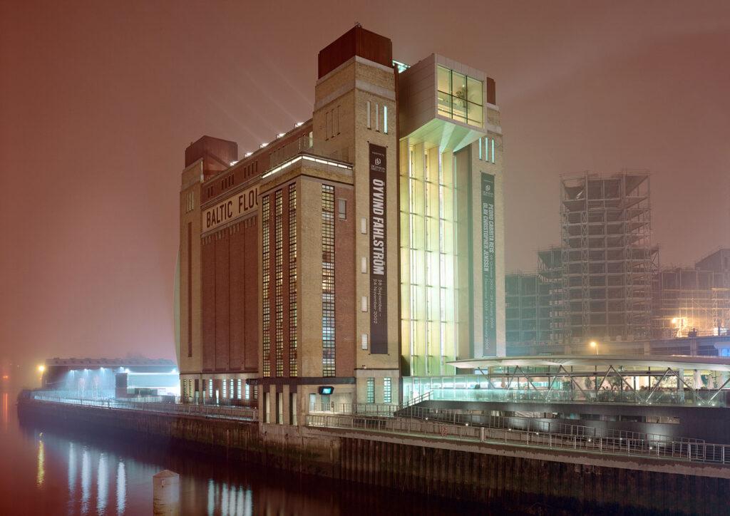 """När Henrik Nygren fick i uppdrag att ta fram en identitet för Baltic Centre for Contemporary Art för ungefär 15 år sedan, var den stora byggnaden bara en tom silo. """"När man börjar helt från skratch, då kan saker bli så bra som de någonsin kan bli"""", konstaterar han. Samarbete med art director Greger Ulf Nilson. Foto: Johan Fowelin."""