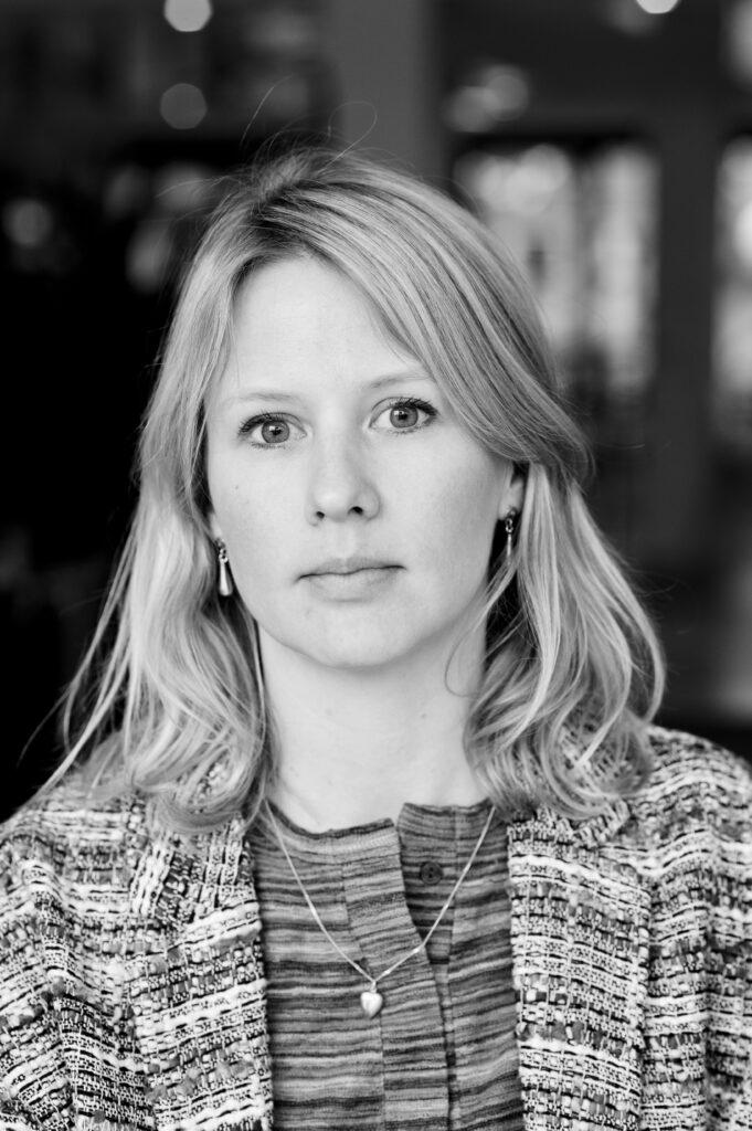 Hanna Nilsson, grafisk designer och styrelseledamot i Svenska Tecknare.