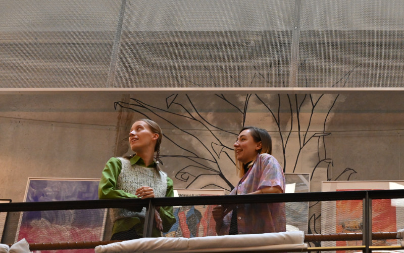 Josefin Inge och Agnes Wahlberg. Foto: Lamin Kivelä.