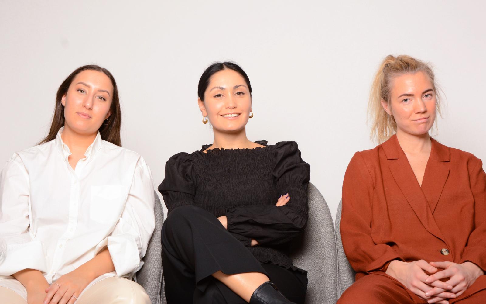 Dalija Ayoubi, Paulina Ugalde Vergara och Julia Ådemo. Foto: Olof Bygren.