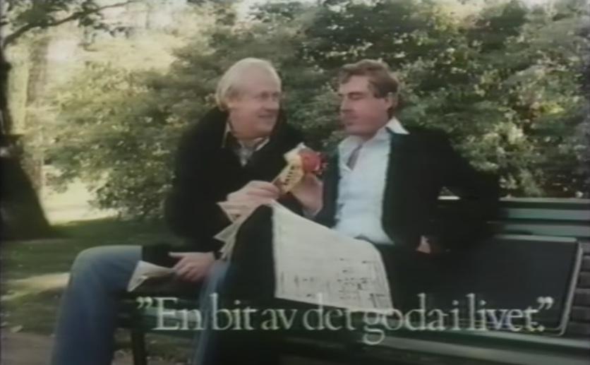 Roy Anderssons reklamfilm för Fazer, med Björn Gustafsson och Lars Amble (1981). Foto: Skärmdump.