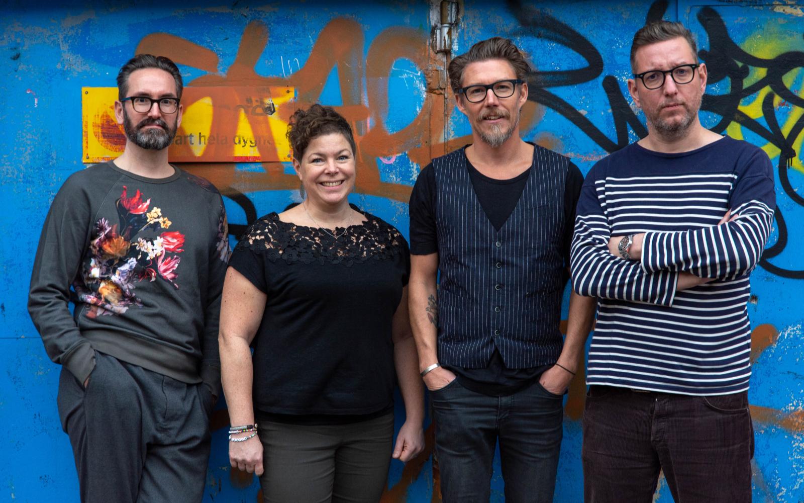 Søder – Niklas Falkman,copywriter och planner; Emma Svedell, produktionsledare; Johan Windahl, projektledare och vd och Hannes Persson, art director. Foto: Joakim Ström.